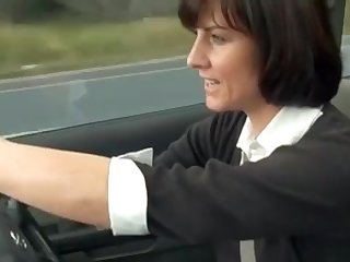 Manchester MUMMY Plays With Cootchie Not far from Her Car - Boobsandtits.co.uk