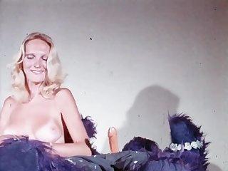Sisters have joy in Hawaii. Diamond Head - circa 1974 (Restored)