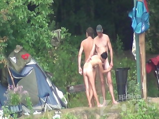 blowjob for a guy on a nude littoral