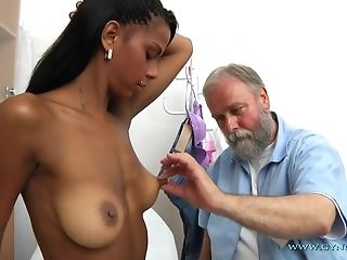 Bearded grey Gynecologist Checks-Up All crevasses Of youthful Exotic chick freeporn