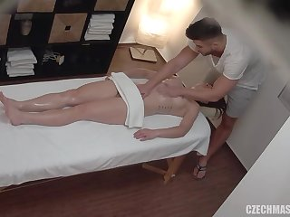Czech stunner got an titillating rubdown that minutes revved into a scorching hump session until she came