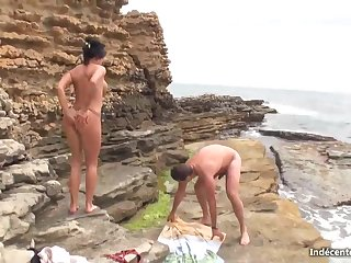 Crazy malicious haired loves to give oral jobs on the beach, into the bargain as to get drilled rock-hard