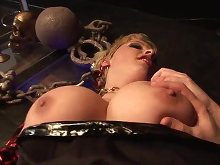 Unwind And Spunk With Ultra-Kinky And Muddy COUGAR Pornography Sequence