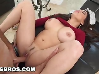 Fat butt mummy, Julianna Vega was getting her wild male's firm shaft, on the love-seat
