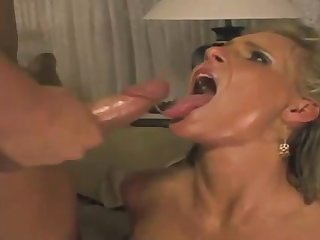 Phoenix Marie is fellating lollipops together with getting new jizz on all sides over her face, close to the end