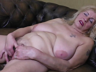 Very Old Granny Oma GILF with Broad in the beam Saggy Tits